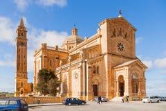 De Kerk van Tapinu in dorp Gharb, Gozo-eiland, Malta Stock Foto's