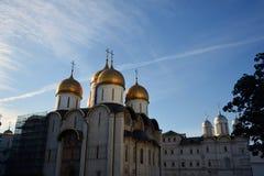 De Kerk van twaalf Apostelen Het oriëntatiepunt van Moskou het Kremlin De Plaats van de Erfenis van de Wereld van Unesco royalty-vrije stock afbeeldingen