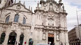De kerken van Carmo en Carmelitas- stock footage