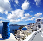 De Kerken van Santorini in Oia, Griekenland Royalty-vrije Stock Afbeeldingen