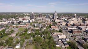 De Kern van Carolina Downtown City Skyline Urban van het Greensburonoorden stock footage