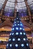 De kerstboom in Galeries Lafayette Royalty-vrije Stock Afbeeldingen