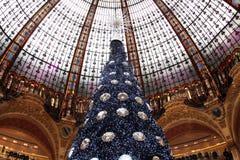 De Kerstboom in Galeries Lafayette, Parijs Royalty-vrije Stock Afbeelding