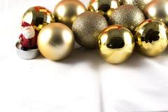 De Kerstman met gouden bel Stock Foto's