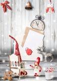 De Kerstman op een slee royalty-vrije stock foto's
