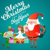 De Kerstman in rode hoed met baard zit op stoel met in hand haas die wens, elf en magische fee met gouden maakt Stock Fotografie