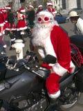 De Kerstman van de fietser bij Kerstman bedriegt San Francisco 2011 Stock Afbeeldingen