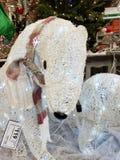 De Kerstmisdecoratie stak omhoog met lichten aan royalty-vrije stock afbeelding