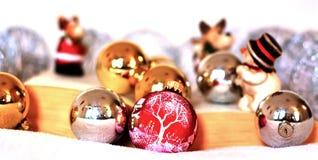 De Kerstmisverhalen komen aan het leven door van kinderen` s boeken weg te gaan Royalty-vrije Stock Foto's