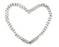 De ketting die van het chroom geïsoleerdr hart vormt Stock Afbeelding