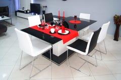 De keukenlijst van het meubilairvoedsel Stock Foto's