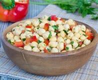 De salade van de kikkererwt Stock Afbeeldingen