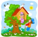 De kinderen die in een boom spelen huisvesten Stock Afbeeldingen