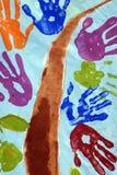 De kinderen overhandigen het schilderen stock afbeelding