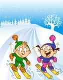 De kinderen ski?en reis Royalty-vrije Stock Afbeeldingen