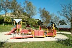 De kinderen spelen park royalty-vrije stock fotografie