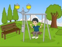 De kinderen spelen schommeling in het parkbeeldverhaal Stock Fotografie