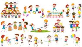 De kinderen spelen verschillend soort spel stock illustratie