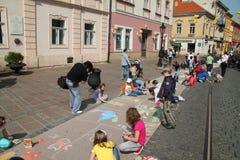 De kinderen trekt Stock Foto's