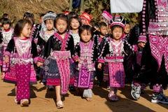 De kinderen van de de heuvelstam van Hmong stock foto