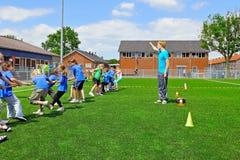 De kinderen van de school op sportendag Stock Foto
