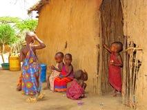 De kinderen van Masai thuis Royalty-vrije Stock Foto's