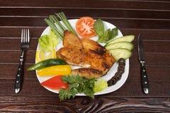 De kip van het braadstuk in plaat Stock Foto