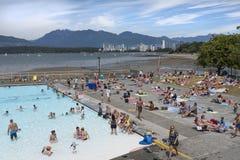 De Kitsilanopool is het zoutwater slechts zwembad van Vancouver ` s stock fotografie