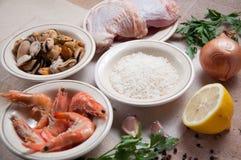 De klaar maaltijd van de paella met garnalen Stock Foto
