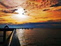 De klap Saenis beachstadalangs de Oostelijke Golfkust ofThailand stock afbeelding