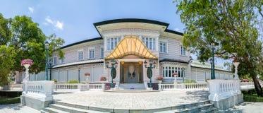 De klappijn Royal Palace, ook als het de Zomerpaleis wordt, is een palacecomplex door de Thaise koningen vroeger wordt gebruikt b stock afbeelding