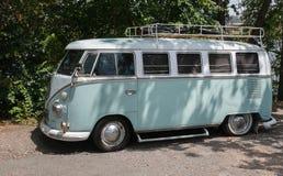 De klassieke bus van Volkswagen royalty-vrije stock foto's