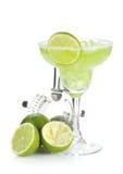 De klassieke cocktail van Margarita met zoute rand stock afbeeldingen