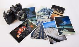 De klassieke uitstekende camera van de slrfilm met foto's stock foto's
