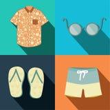 De kleding en de toebehoren van de zomermensen Stock Afbeeldingen