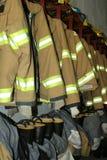 De kleding van de brandbestrijder Stock Afbeeldingen