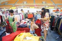 De kledingstentoonstelling van het Shenzhen internationale beroemde merk Stock Afbeelding