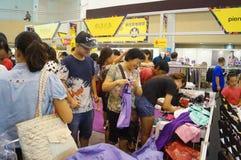 De kledingstentoonstelling van het Shenzhen internationale beroemde merk Royalty-vrije Stock Fotografie