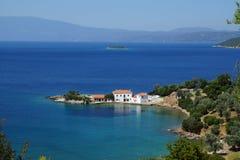 De kleine baai, zet Pelion, Thessaly, Griekenland op Stock Foto's