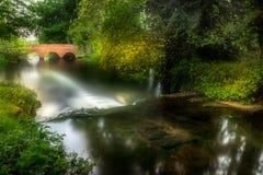 De kleine rode brug Royalty-vrije Stock Foto's