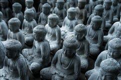 De kleine standbeelden van Boedha Boeddhisme Stock Afbeelding