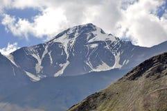 De kleinere bergen van de Kaukasus Piekshahdag Royalty-vrije Stock Foto's