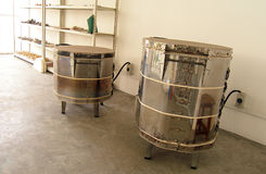De kleinschalige oven van het aardewerkvuren die in school wordt gebruikt royalty-vrije stock afbeelding