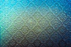 De kleur van gebrandschilderd glasvenster verfraait in de bouw Stock Foto