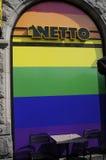 De kleuren van de de opslag tunrs regenboog van de Nettokruidenierswinkel Stock Afbeelding