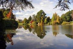 De kleuren van de herfst. royalty-vrije stock afbeelding