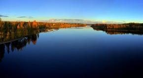 De Kleuren van de herfst in Finland Stock Foto