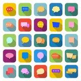 De kleurenpictogrammen van de toespraakbel met lange schaduw Stock Afbeeldingen
