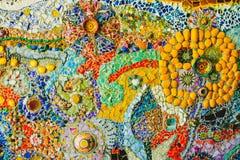 De kleurrijke achtergrond van het mozaïekpatroon Gemaakt van ceramisch Royalty-vrije Stock Afbeelding