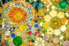 De kleurrijke achtergrond van het mozaïekpatroon Gemaakt van ceramisch Stock Fotografie